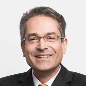 Theodoros Moutsokapas, Management Consultant, Cassini Consulting AG