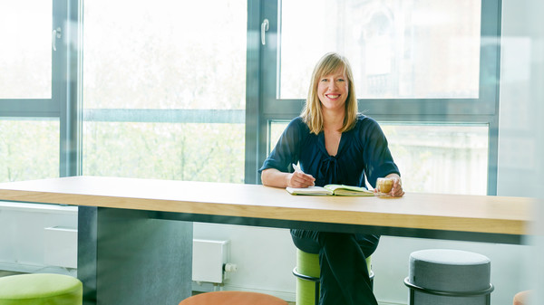 Dana Nitzsche, Senior Consultant