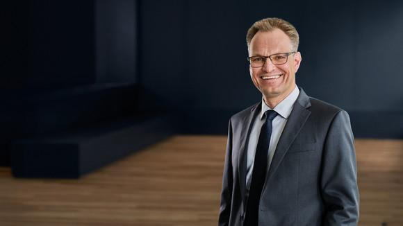 Dr. Oliver van Laak, Vorstand der Cassini AG